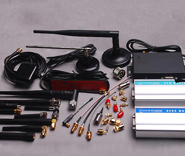 GPS GSM WIFI antenos / antennas